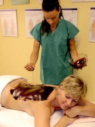 Čokoládová masáž se zábalem