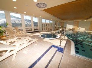 Vírivka s bazénem