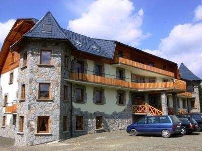 HOTEL ORAVA foto