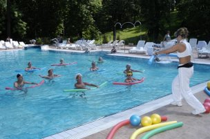 Cvičení ve vnějším bazénu
